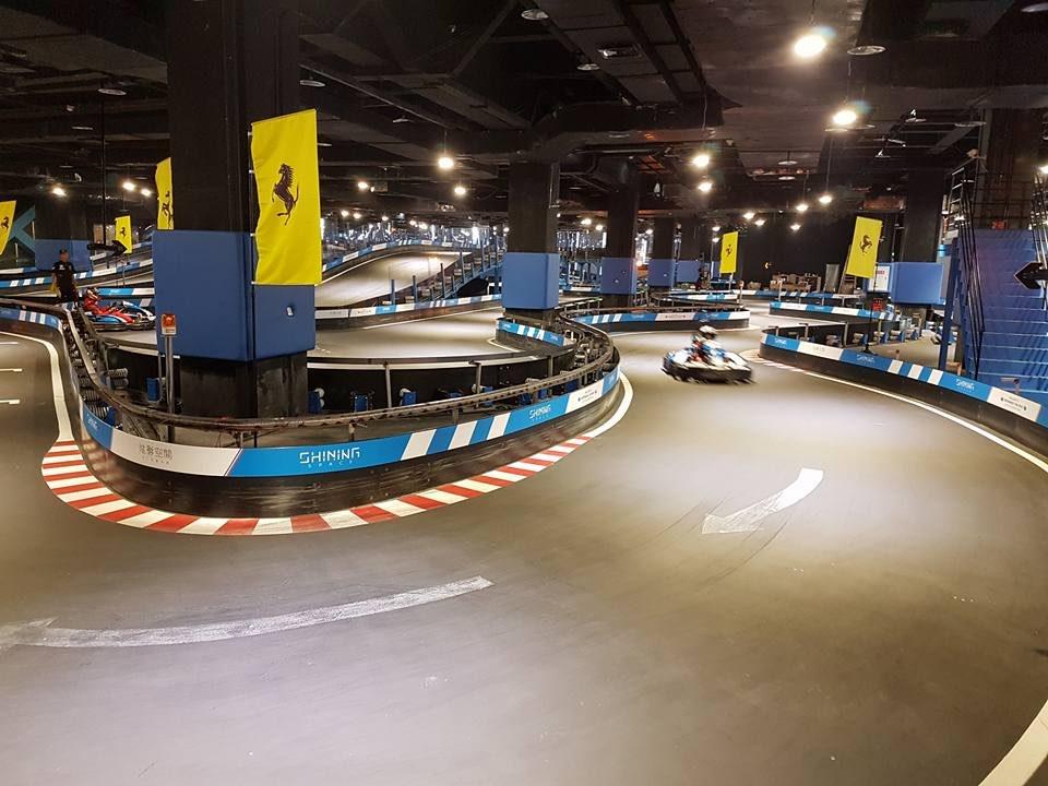Piste de karting indoor Shining space Chongqing Chine