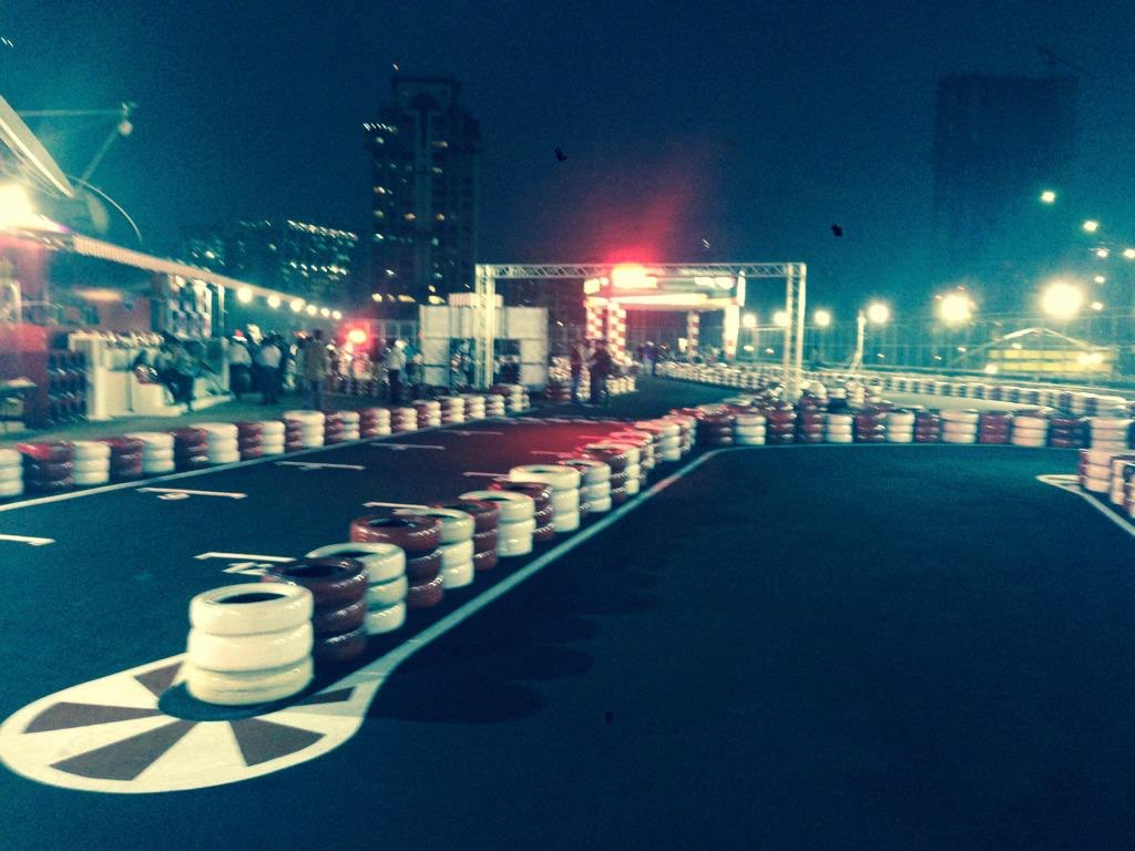 Kartodromo Smaaash Sky Karting Gurgaon India