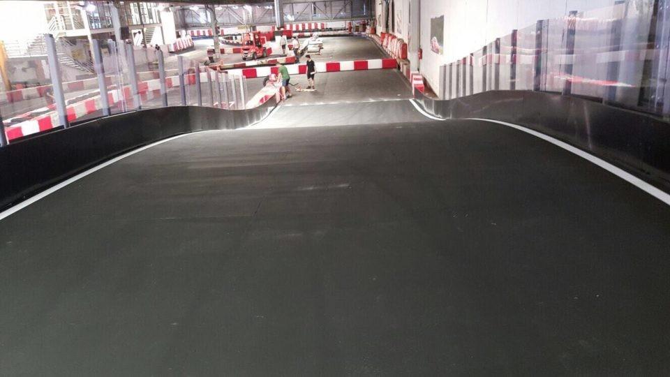 circuit de karting indoor karting montaudran tolouse france